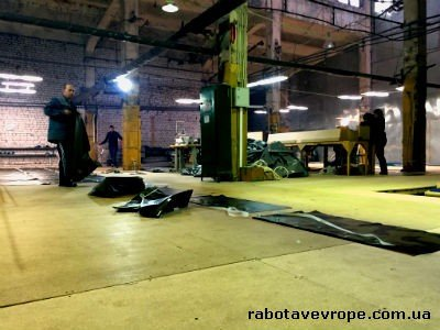 Работа на производстве тентов в Польше