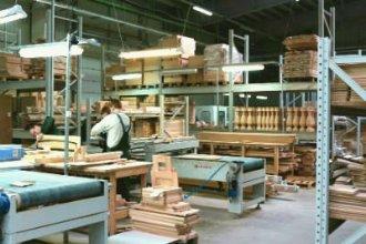 Работа в Литве на производстве дверей