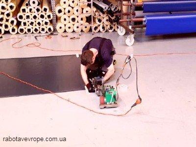 Работа в Германии на изготовлении палаток