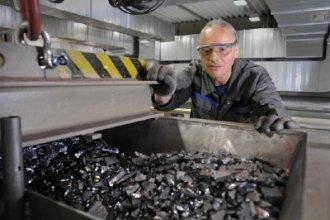 Работа в Литве на демонтаже аккумуляторов